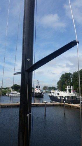 Carbon fibre Soling mast